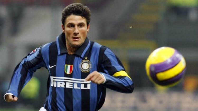 Javier Zanetti, kapten legendaris Inter Milan Copyright: © DAMIEN MEYER/AFP/Getty Images