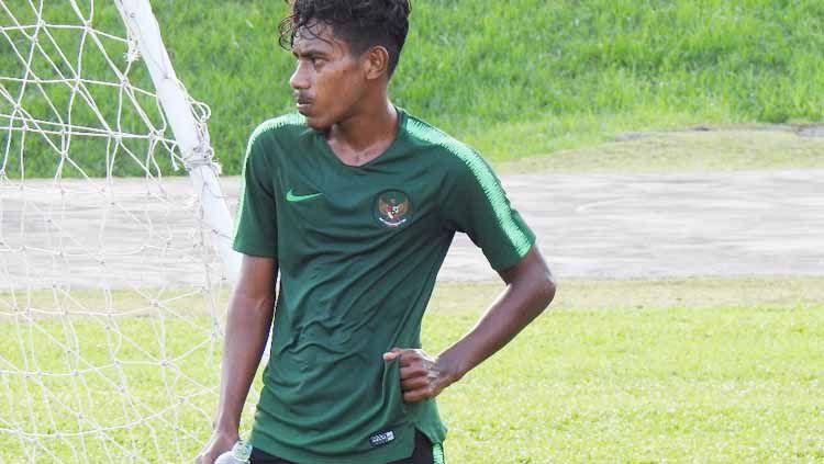 Hamsa Medari Lestaluhu saat masih menjadi andalah Fakhri Husaini di Timnas U-16. Copyright: © Dokumen Pribadi