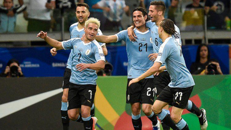 Nicolas Lodeiro merayakan golnya dalam pertandingan Copa America 2019 antara Uruguay vs Ekuador (Foto: Pedro Vilela/Getty Images) Copyright: © Pedro Vilela/Getty Images
