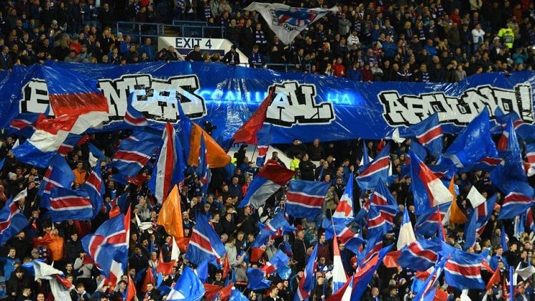 Ilustrasi penggemar Glasgow Rangers. Copyright: © talkSPORT