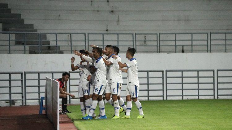 Selebrasi gol PSIM Yogyakarta dalam laga melawan Persiba Balikpapan, Sabtu (22/6/19). Copyright: © Media PSIM Yogyakarta