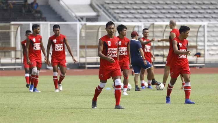 Jelang leg kedua semifinal Piala AFC 2019 lawan Becamex Binh Duong, PSM Makassar galang dukungan. Copyright: © Media PSM