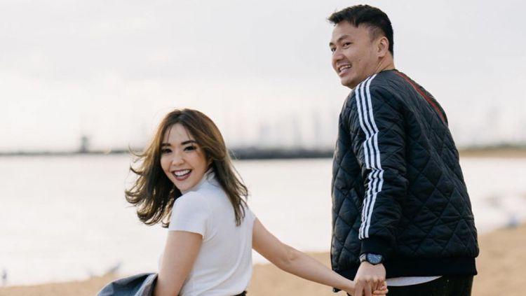 Potret kemesraan Gisel dan Wijin di Australia yang diunggah di Instagram Copyright: © instagram.com/gisel_la
