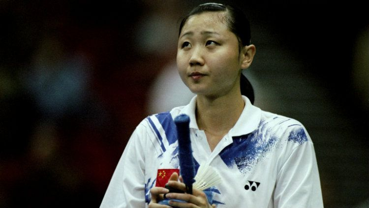 Zhou Mi kala membela China di All England 1999. Copyright: © Graham Chadwick /Allsport