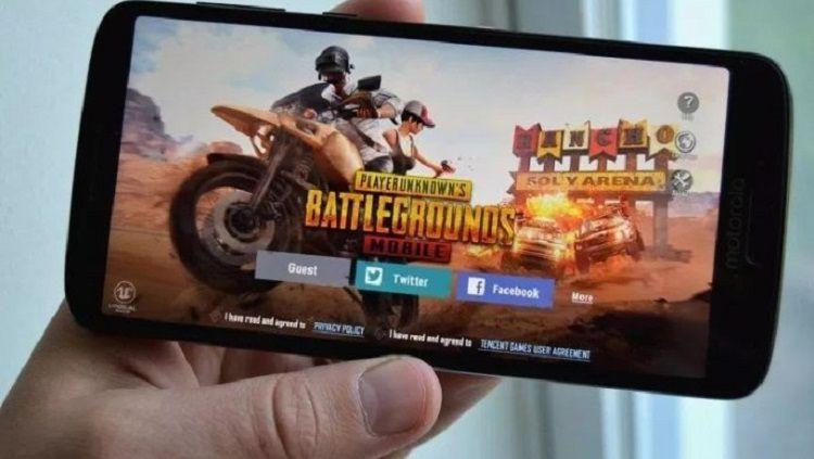 Iklan PUBG Mobile ingin menunjukkan bahwa bermain game di PC terkesan merepotkan. Copyright: © Opindia