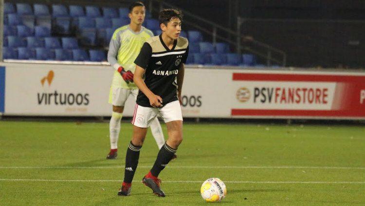 Tristan Gooijer telah memutuskan untuk gabung bersama Timnas Belanda usia muda ketimbang Timnas Indonesia U-19. Copyright: © Twitter/@AjaxYA