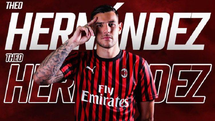 Theo Hernandez baru bergabung dengan AC Milan, namun dirinya dikabarkan 'hengkang' dari klub tempatnya bermain saat ini. Copyright: © Twitter @acmilan