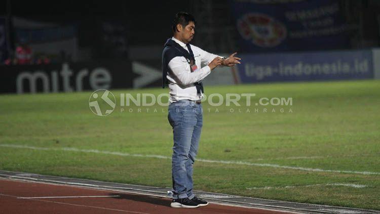 Pelatih Persela, Nilmaizar Copyright: © Ronald Seger Prabowo/INDOSPORT