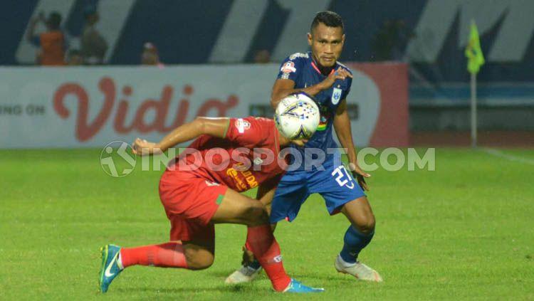 Safrudin Tahar saat membela PSIS Semarang di ajang Liga 1. Copyright: © Ronald Seger Prabowo/INDOSPORT