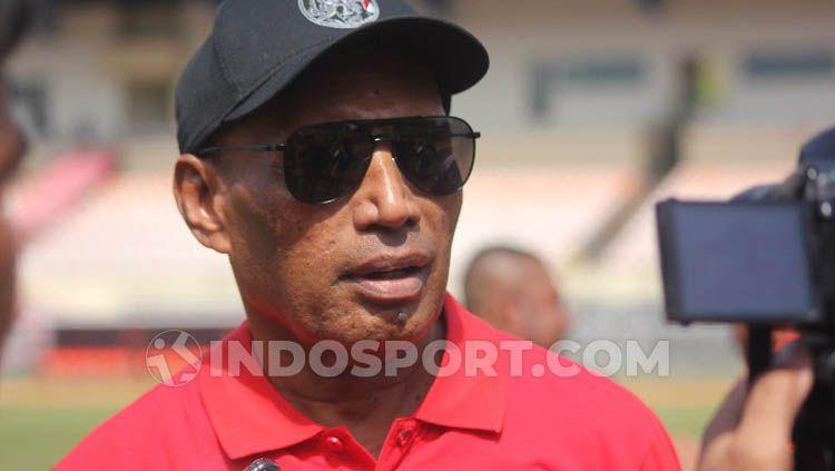 Ketua Umum Persipura Jayapura, Benhur Tomi Mano. Copyright: © Sudjarwo/INDOSPORT