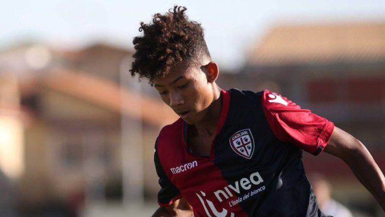 Kobe Jae Chong saat masih memperkuat tim muda Cagliari Copyright: © English players abroad