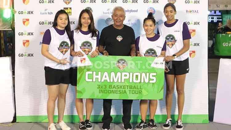 Roster tim putri Timnas 3x3 Indonesia sangat dominan pada ajang IBL Go-jek 3x3 Seri Bali. Copyright: © Nofik Lukman Hakim/INDOSPORT
