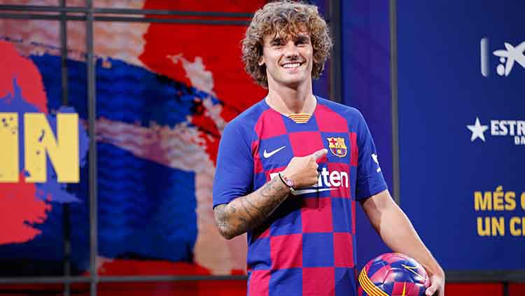 Pemain sepak bola Barcelona, Antoine Griezmann, sukses membuat netizen heboh lantaran ia memilih Arsenal dalam game Football Manager. Copyright: © Joan Valls/Urbanandsport /NurPhoto via Getty Images