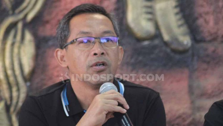 Keputusan besar datang dari pelatih PSIM Yogyakarta, Aji Santoso, yang memutuskan mundur dari tim Laskar Mataram. Copyright: © Ronald Seger Prabowo/INDOSPORT