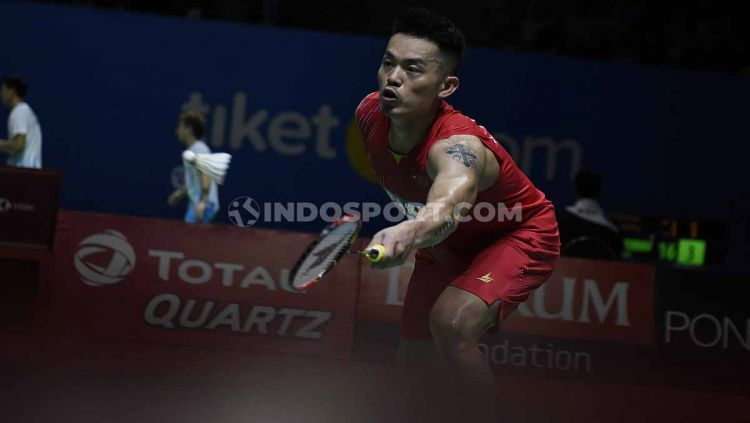 Tunggal China, Lin Dan saat beraksi di Indonesia Open 2019 di Istora Senayan, Selasa (16/07/19). Foto: Herry Ibrahim/INDODPORT Copyright: © Herry Ibrahim/INDOSPORT