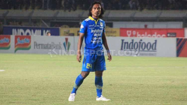 Sedikitnya ada 5 eks Persib Bandung yang mungkin bisa dibawa Kurniawan Dwi Yulianto usai resmi menjadi kepala pelatih Sabah FA, termasuk Hariono. Copyright: © Arif Rahman/INDOSPORT