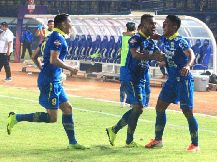 Hasil Pertandingan Liga 1 2019 Persib Bandung vs Kalteng Putra: Febri Cetak Brace