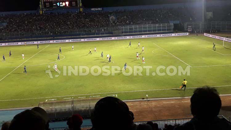 Laga Arema fC vs Badak Lampung hanya dihadiri 7.510 penonton sebagai jumlah terminim di Stadion Kanjuruhan Copyright: © Ian Setiawan/INDOSPORT