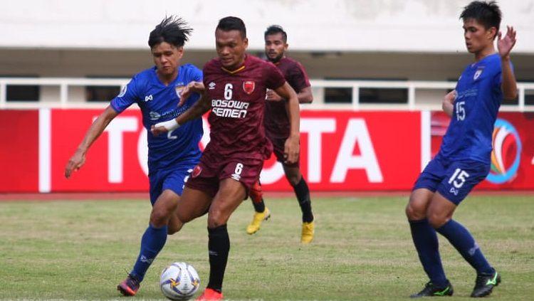 Striker PSM Makassar, Ferdinand Sinaga, bertekad bangkit dan terus mencetak gol. Copyright: © Official PSM Makassar