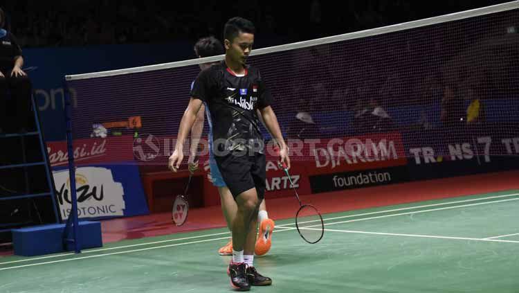 Respons Badminton World Federation (BWF), usai menerima keluhan atas kekalahan kontroversial Anthony Ginting di partai final Hong Kong Open 2019. Copyright: © Herry Ibrahim/INDOSPORT