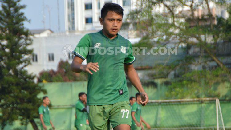 Pemain muda PSMS Medan, Natanael Siringoringo. (Foto: Aldi Aulia Anwar/INDOSPORT) Copyright: © Aldi Aulia Anwar/INDOSPORT