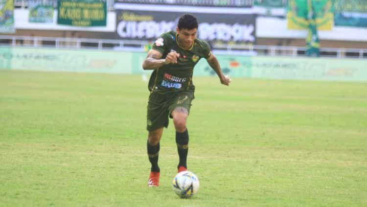 Diminatinya Ciro Alves oleh Persija Jakarta dan Persib Bandung membaut Tira Persikabo waspada jelang Liga 1 2020. Copyright: © Media Tira-Persikabo