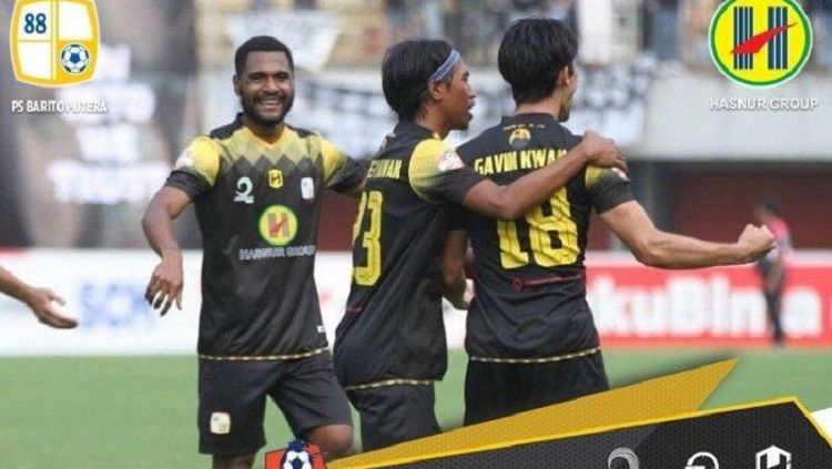 Skuat Barito Putera merayakan gol Gavin Kwan ke gawang PSS Sleman. Copyright: © Instagram @psbaritoputeraofficial