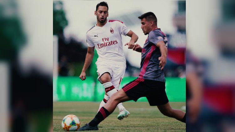 AC Milan kalah dari Benfica di  International Champions Cup (ICC) 2019. Copyright: © https://www.instagram.com/cuore__rossonero/