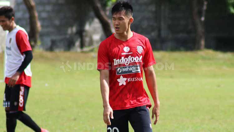 Gelandang Bali United, Sutanto Tan. Foto: Nofik Lukman Hakim/INDOSPORT Copyright: © Nofik Lukman Hakim/INDOSPORT