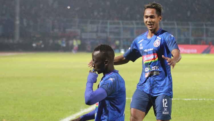 Gelandang Anyar Persebaya, Makan Konate Jadi Pemain Tersial Liga 1 2019 Copyright: © aremafcofficial