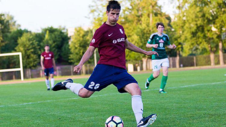 Ante Bakmaz saat masih bermain di Belanda. Copyright: © Het Amsterdamsche Voetbal