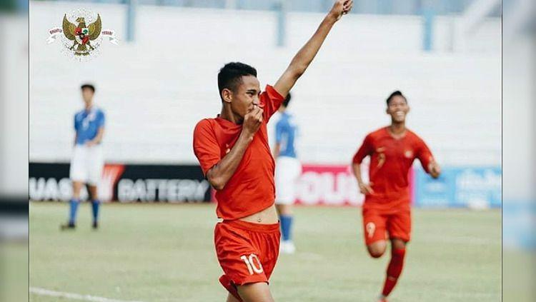 Meski sedikit sedih, pemain Timnas Indonesia U-16, Marcelino Ferdinand mengapresiasi keputusan penundaan Piala AFF U-16 2020 karena virus corona. Copyright: © https://www.instagram.com/officialpssi/