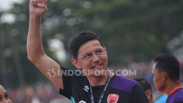 Pelatih PSM Makassar, Darije Kalezic. Copyright: © Adriyan Adirizky
