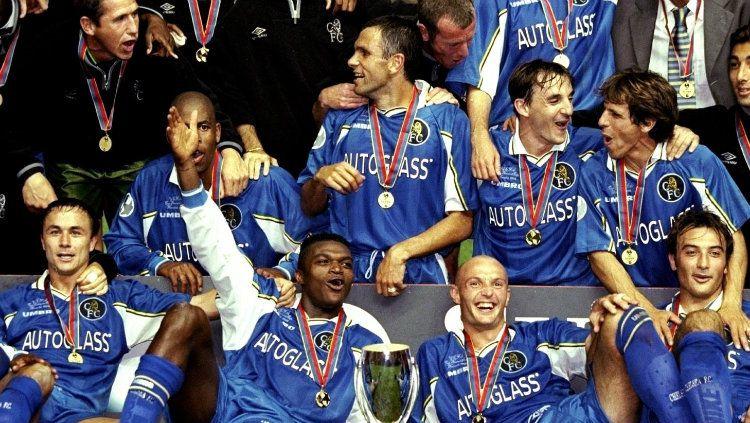 Chelsea saat juara Piala Super Eropa tahun 1998. Copyright: © UEFA.com