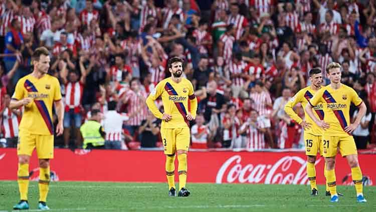 Ekspresi kekecewaan Barcelona saat kebobolan dari Athletic Bilbao Copyright: © Juan Manuel Serrano Arce/Getty Images