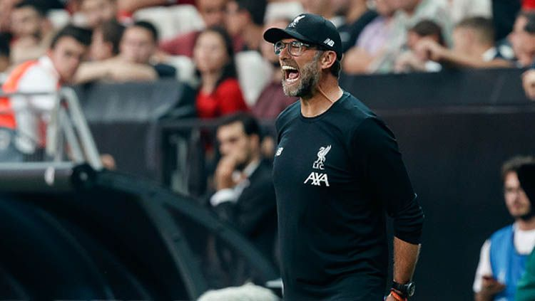 Jurgen Klopp belakangan menjadi bahan pemberitaan karena ingin mengistirahatkan skuat utamanya saat laga replay lawan Shrewsbury Town. Copyright: © TF-Images/GettyImages