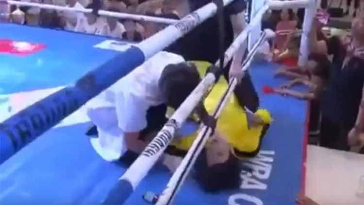 Petarung MMA asal China kalahkan 'Bruce Lee' hanya dalam 12 detik. Copyright: © YouTube/Fight Commentary Breakdowns