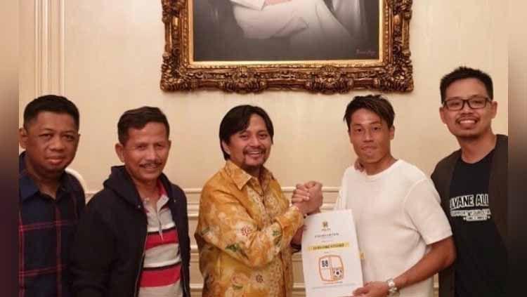 Kalah beruntun di awal Liga 1 2020, presiden klub Barito Putera, Hasnuryadi Sulaiman punya misi khusus untuk pelatih Djajang Nurdjaman (Djanur). Copyright: © Instagram@ psbaritoputeraofficial