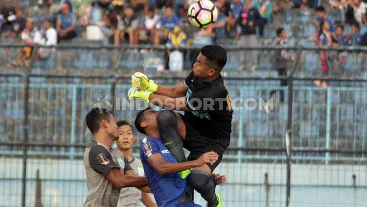 PSS Sleman Pastikan Rekrut Kiper Sriwijaya FC - INDOSPORT