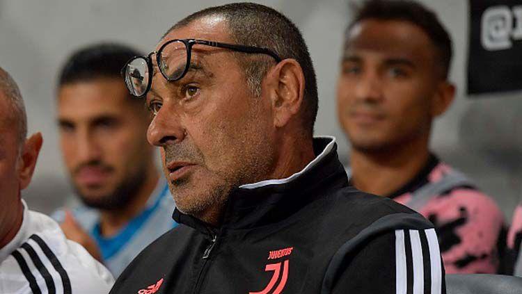 Maurizio Sarri, pelatih Juventus, menyebutkan jika AS Roma berada pada level berbeda jelang perempatfinal Coppa Italia. Copyright: © Daniele Badolato - Juventus FC/Getty Images