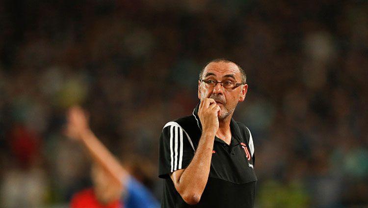 Nyaris gagal menang lawan Lokomotiv Moscow di Liga Champions 2019-2020, pelatih Juventus, Maurizio Sarri, ungkap kelemahan timnya. Copyright: © Fred Lee/GettyImages