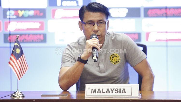 Pelatih Timnas Malaysia, Tan Cheng Hoe, tetap mewaspadai kekuatan Indonesia di Kualifikasi Piala Dunia 2022. Copyright: © Herry Ibrahim/INDOSPORT