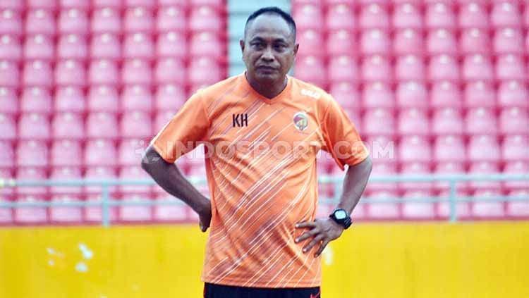 Pelatih Kepala Sriwijaya FC Kas Hartadi. Copyright: © Muhammad effendi/INDOSPORT