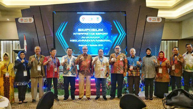 Kemenpora mengadakan simposium pada Hari Olahraga Nasional (Haornas) Senin (9/9/19) lalu membahas tentang masa depan eSports di Indonesia. Copyright: © Media Kemenpora