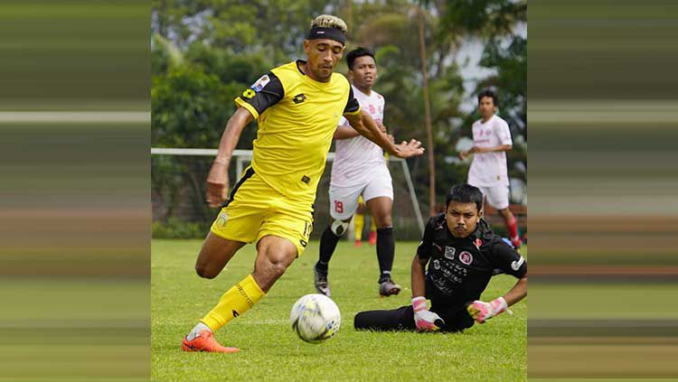 Bruno Matos jalani latihan perdana bersama Bhayangkara FC Copyright: © Instagram/@bhayangkarafc