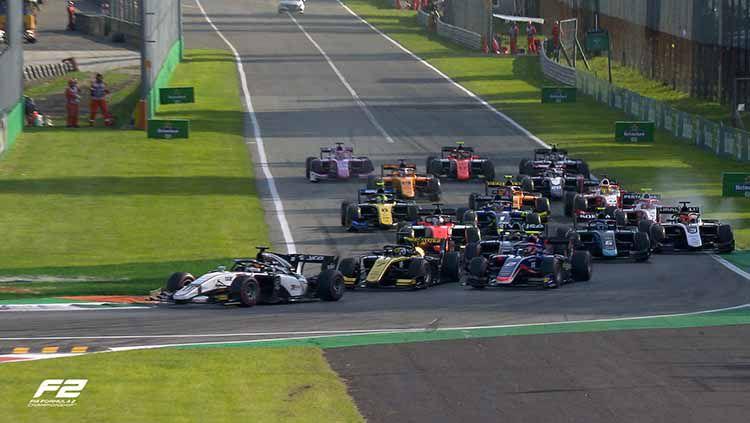 Suasana balapan Formula 2 di Sirkuit Monza, Italia. Copyright: © Twitter.com/@FIA_F2