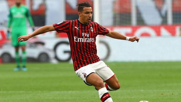 Ismael Bennacer, pemain baru AC Milan dikabarkan akan diandalkan Marco Giampaolo dalam formasi 4-3-1-2 yang ia terapkan di AC Milan. Copyright: © Marco Luzzani/Getty Images