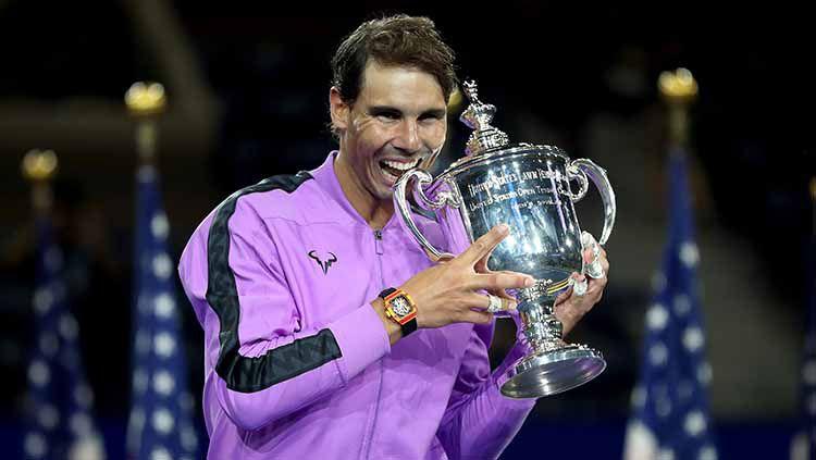 Rafael Nadal juara AS Terbuka 2019 usai mengalahkan Daniil Medvedev, Senin (09/09/19) di Stadion Arthur Ashe. Copyright: © Matthew Stockman/Getty Images