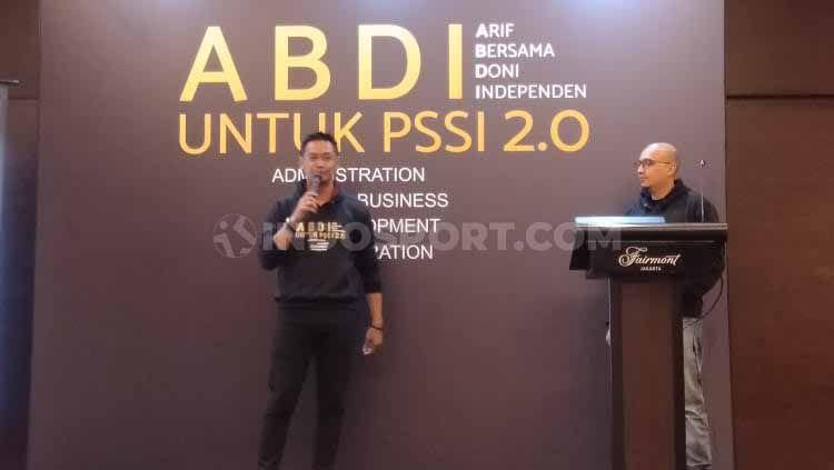 Komite Banding Pemilihan PSSI kembali tidak meloloskan Doni Setiabudi (kiri) sebagai Wacaketum PSSI, Jumat (18/10/19). Copyright: © Shintya Anya Maharani/INDOSPORT