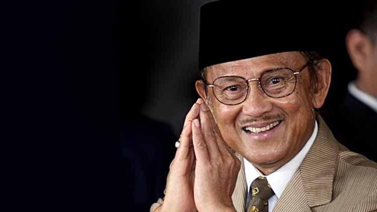 Presiden Republik Indonesia ke-3, Bacharuddin Jusuf Habibie. Copyright: © harianterbit
